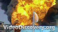 Пожар и взрывы на складе химикатов