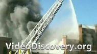 Пожар на лакокрасочном заводе в Перу